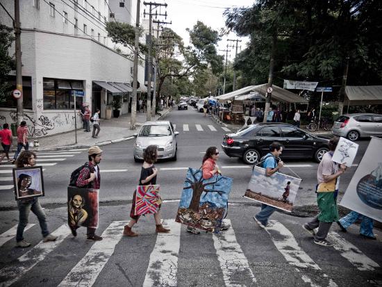 Walking Gallery. Foto di Fernando Cavalcanti