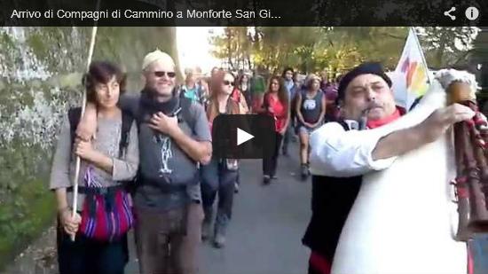 Video Arrivo di Compagni di Cammino a Monforte San Giorgio
