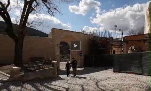 video L'Aquila e la democrazia del camminare