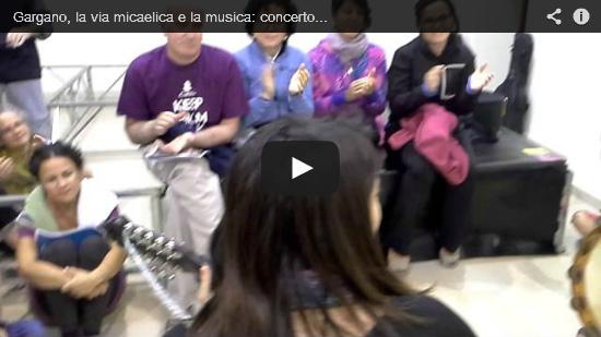 Video Gargano, la via micaelica e la musica: concerto improvvisato