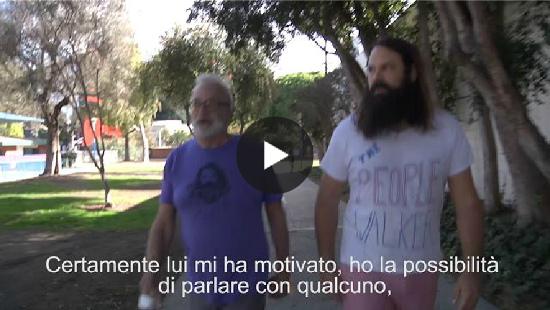 Video: Per 7 dollari al miglio cammino con te